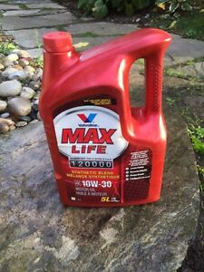Valvoline Max Life Motor Oil 10w-30 High Mileage synthetic blend