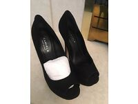 kg CARVELA shoes size 6