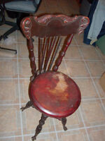 Antique Piano Chair
