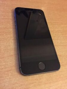 Black Iphone 5S in Good Condition, 16GB Unlocked
