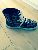 Michael Kors Sneakers Size 1