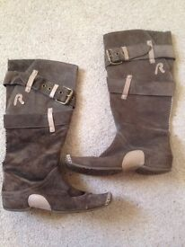 Designer REPLAY boots size 6