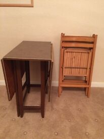 Vintage drop leaf table & 3 folding chairs