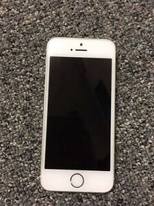 iPhone 5s great condition bell