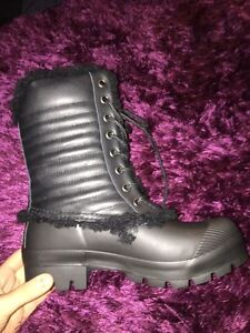 HUNTERS {Winter boots} *BRAND NEW* West Island Greater Montréal image 1
