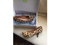 Ladies Leopard Print Heels UK Size 6