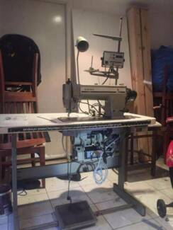 Industrial Singer 591 Sewing Machine Made in JAPAN - In good work