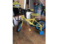 Minion bike and helmet