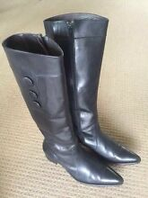 Beautiful Female Leather BOOTS - SIZE EU 41 Cronulla Sutherland Area Preview