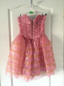 BETSEY JOHNSON PINK LACE DRESS