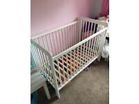 White cot 120x60 will also include mattress