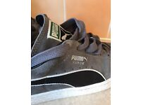 Puma Suede trainers Size 7 Excellent