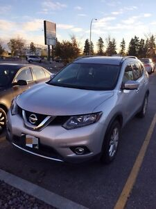2015 Nissan Rogue SV AWD Pano Moonroof plus FREE 4 winter tires