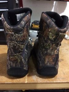 Camo boots size 11 Peterborough Peterborough Area image 2