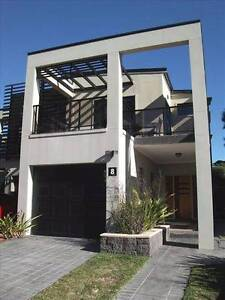 Amazingly Modern & Spacious Near New Duplex in Gated Community Roselands Canterbury Area Preview