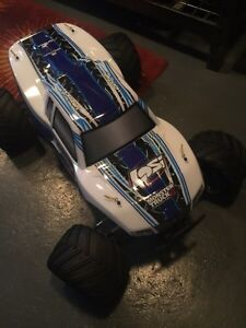 Team losi monster truck West Island Greater Montréal image 2