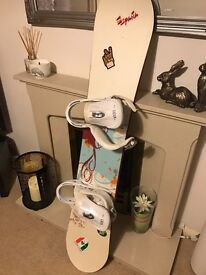 Snowboard, bindings, boots & carry case.