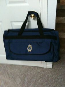 Westmount-Golf-and-Country-Club CARRYING BAG WITH WHEELS Made by