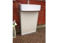 CIGARETTE GANTRY ** 1 METRE WIDE ** AS GOOD AS NEW CONDITION **