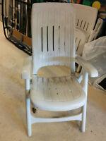 2 chaises de patio / d'extérieure