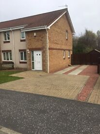 2 bed semi detached house for let