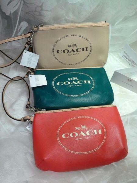 COACH HORSE & CARRIAGE LEATHER WRISTLET