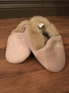 Size 3 Moccasin Style Soft Sole Shoes