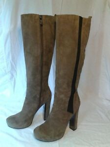 Guess Corrie Boots Size 9