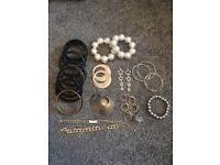 Costume jewelry bundle 25 items