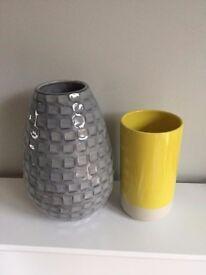 Habitat Vases