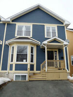 Stunning Duplex on Sought After Newtown Rd! A MUST SEE!