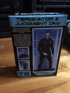 Neca Terminator 2 figurines - T-800, T-1000 and Sarah Connor West Island Greater Montréal image 4