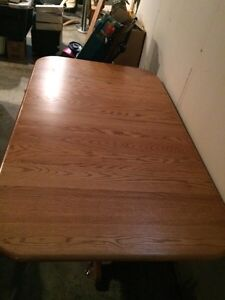 Solid Oak Dining Table London Ontario image 1