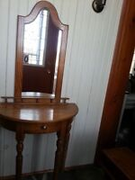 Solid Oak Hall Table & mirror $150