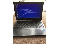 "Medion Akoya 15.6 ""LED 4GB RAM 500GB HARD DRIVE WEBCAM HDMI USB 3.0"