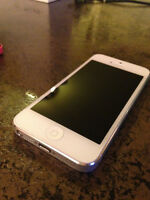 32GB Silver iPhone 5 Telus/Koodo