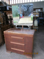 3 Drawer Dresser w/Mirror