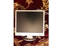 H P 19 inch flat screen monitor with power lead