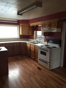 2 Bedroom Heat and Lights included