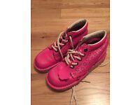 Pink kickers size 4
