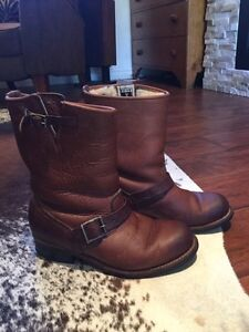 FRYE Engineer Sherpa Lined Boots