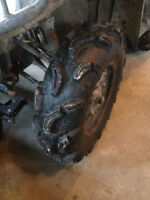 """28"""" MAXXIS ZILLAS, LIKE NEW! TRADE FOR 27s OR CASH"""