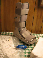 aircast foamwalker, size small,  includes special stockings