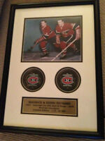 MAURICE and HENRI RICHARD Signed pucks - Montreal Canadiens