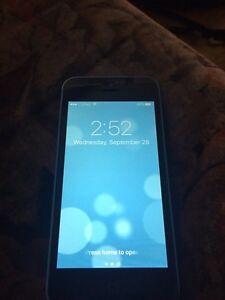 iPhone 5c *UNLOCKED* BRAND NEW LCD + SCREEN!