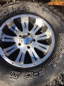 "17"" Dodge Ram 1500 rims. Fits up to 2012"