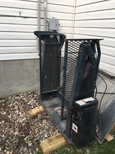 Free wheelchair electric lift