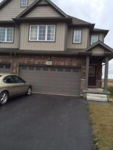 Room Available June 1 in Townhouse on Winterberry blvd Thorold