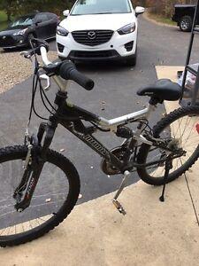 Youth mountain bike