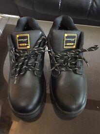 Safety shoe £5